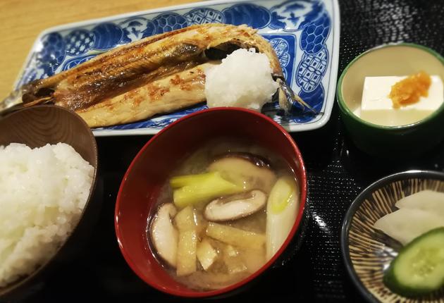 灰干し焼き魚、秋刀魚